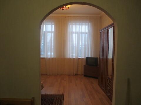 Сдам уютную, просторную комнату 30 м2 в 4 к. кв. в г. Серпухов - Фото 2