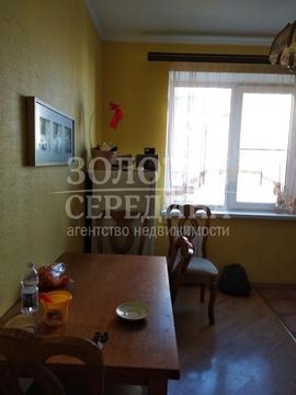 Продается 3 - комнатная квартира. Старый Оскол, Восточный м-н - Фото 2