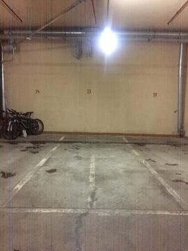 Машино место в паркинге дома бизнес класса - Фото 3