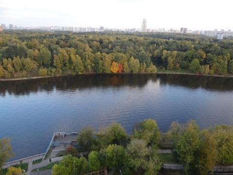 3-комнатная квартира с панорамным видом на канал в г. Химки - Фото 5