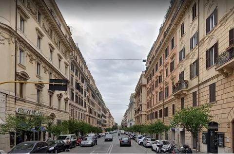 Продажа коммерческого помещения. Италия - Зарубежная недвижимость, Продажа зарубежной коммерческой недвижимости