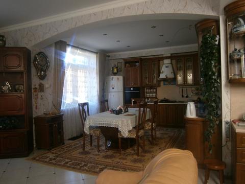 Уютный коттедж 180кв.м на участке 7,5 соток - Фото 1