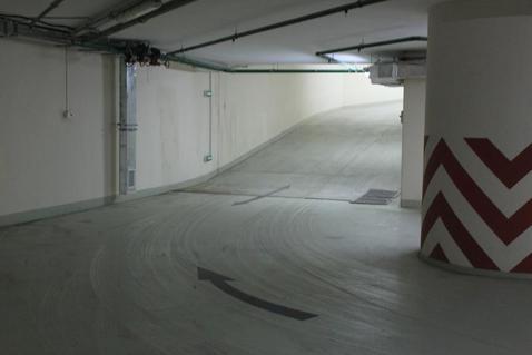 Машиноместо в подземном паркинге ЖК бизнес-класса - Фото 2