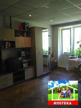 Продам 3 комнатную в центре Гатчины - Фото 1