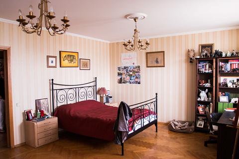 Просторная квартира, проспект 60-летия Октября, 19 - Фото 1