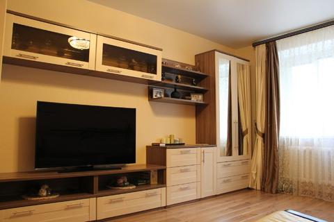 Продам 3-х комнатную квартиру в кирпичном доме - Фото 4