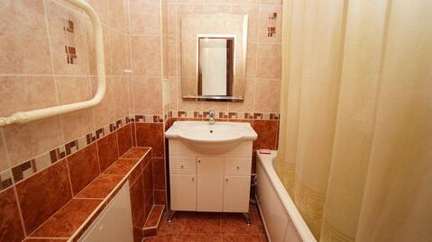 Купить двухкомнатную квартиру с ремонтом в монолитном доме, Южный район - Фото 4