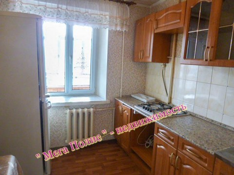 Сдается 2-х комнатная квартира 55 кв.м. ул. Аксенова 15 на 3 этаже. - Фото 2