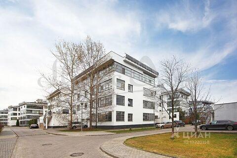 Продажа квартиры, м. Крылатское, Островной проезд - Фото 1
