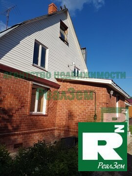 Продается трехэтажный дом 160 кв.м. в Калужской области город Жуков. - Фото 2