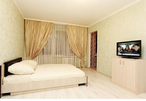 Сдаю на часы и сутки 1-комнатную квартиру на ул. Лескова, 4 - Фото 1
