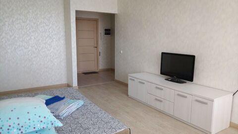 Квартира посуточно в новостройке - Фото 1