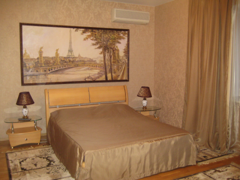 Сдается шикарная двухкомнатная квартира в Центре Екатеринбурга - Фото 1