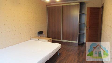 Трехкомнатная квартира в Мичуринском.Курорт Снежный - Фото 1
