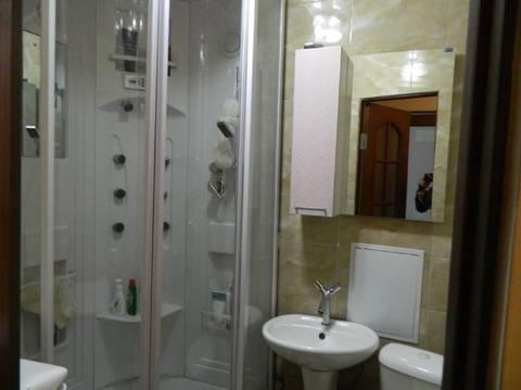 Продажа трехкомнатной квартиры на улице Жуковского, 11 в Черкесске, Купить квартиру в Черкесске по недорогой цене, ID объекта - 319936717 - Фото 1