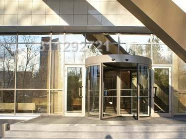 Высокая часть (840 кв.м), потолки 5 м. Низкая чать (542 кв.м), потол - Фото 3