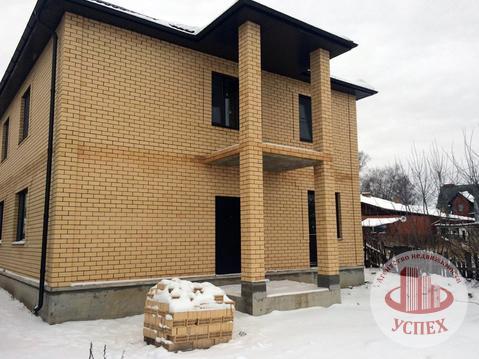 Дом кирпичный, 2 этажа, 2 входа, новый, без отделки - Фото 2