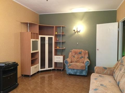 Продам двухкомнатную квартиру в Центре - Фото 1