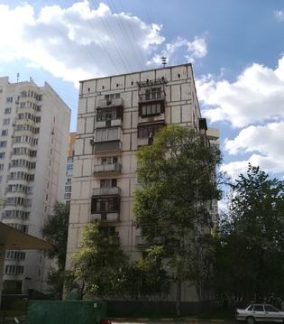 Двухкомнатная квартира в 4х минутах от метро Молодежная(ЗАО). - Фото 1