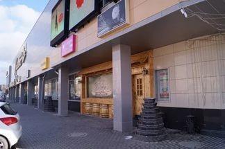 Торговая площадь 600 кв.м на первой линии, цокольный этаж. Отделка - Фото 1