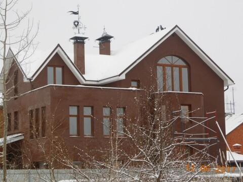 Купить коттедж трехэтажный, Великий Новгород, улица Обороны. - Фото 1