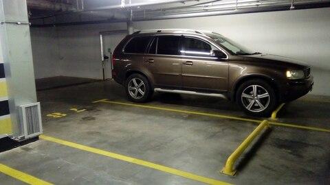 Продам недорого место в паркинге - Фото 1