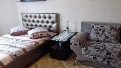 Аренда квартиры посуточно, Брянск, Ул. Красноармейская - Фото 1