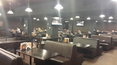 Под магазин, банк, ресторан.Сейчас действующий ресторан. - Фото 3