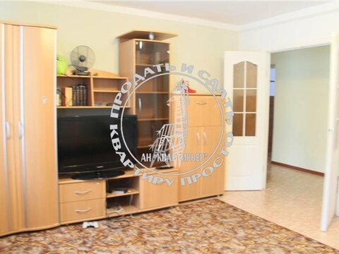 Продажа двухкомнатной квартиры на Транспортной улице, 21 в Магадане, Купить квартиру в Магадане по недорогой цене, ID объекта - 319880141 - Фото 1