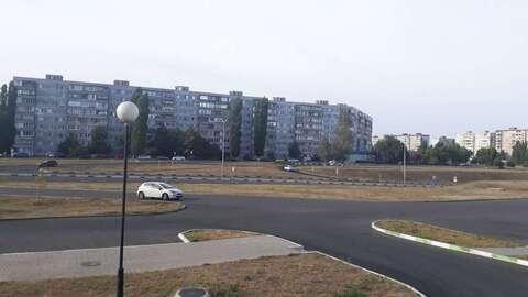 Аренда торгового помещения, Старый Оскол, Космос мкр - Фото 2