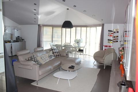 Купить квартиру в Севастополе - Фото 1