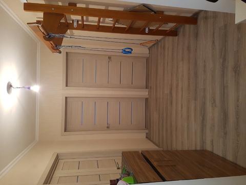 Продажа трехкомнатной квартиры - Фото 4