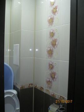 Продам 2 комнатную квартиру в центре - Фото 1