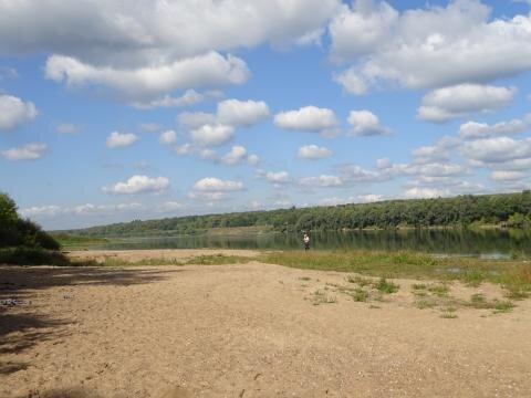 6 соток на р. Ока в Серпуховском районе рядом с ж.д.ст 107 км