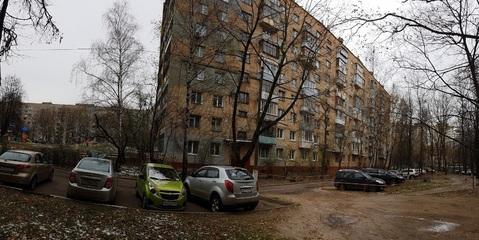 Продается 2-комнатная квартира(распашонка) с 2-мя балконами - Фото 1