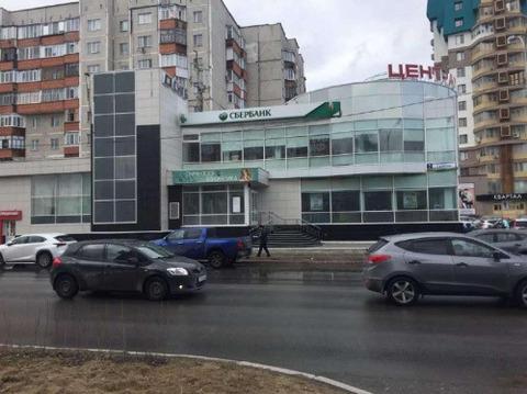 Продажа торгового помещения, Сургут, Свободы б-р. - Фото 1