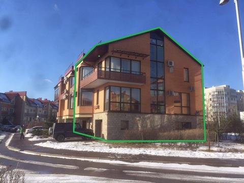 4-этажный таунхаус из 9 комнат В 2 км от города на Береговой ул 21к1 - Фото 3