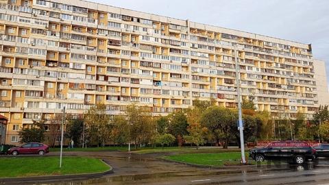 Продажа двухкомнатной квартиры 53м2, улица Шолохова, 6 - Фото 1