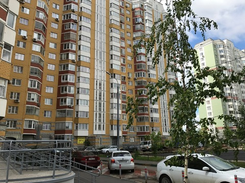 Г. Московский 3х комнатная квартира - Фото 1