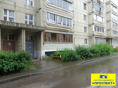 Продам 2-х комнатную квартиру на Приокском - Фото 1