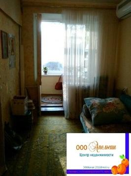 Продается 1-комнатная гостинка, Приморский р-н - Фото 1