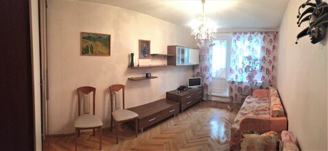 Сдам трёхкомнатную уютную квартиру - Фото 1