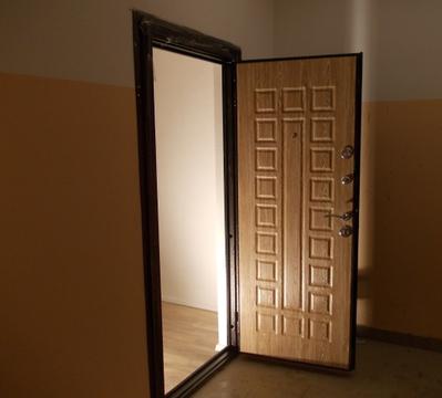 Продается одна комната 8.5 м2, м.Студенческая - Фото 1