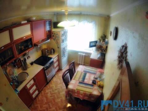 Продажа трехкомнатной квартиры на Батарейной улице, 2 в Петропавловске, Купить квартиру в Петропавловске-Камчатском по недорогой цене, ID объекта - 319936680 - Фото 1