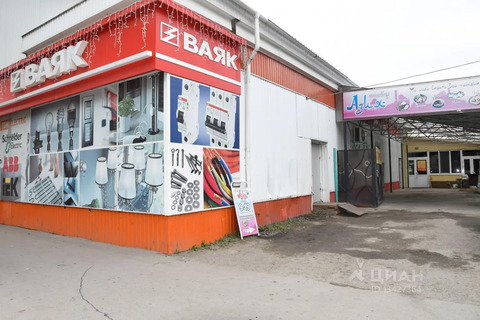 Торговая площадь в Курганская область, Курган ул. Тимофея Невежина, . - Фото 2