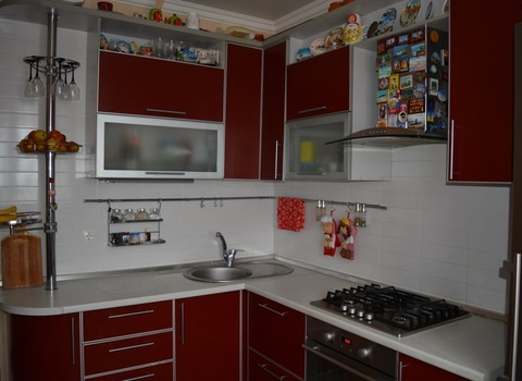 Продается 2-комнатная квартира в Батайске - Фото 1