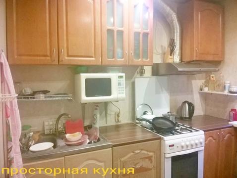 Сдам комнату в 2 ккв у метро - Фото 1