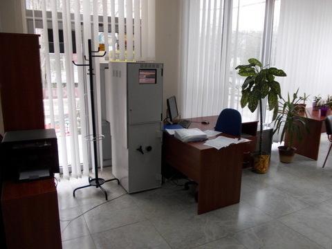 Продается отдельно стоящее торгово-офисное здание 833 кв.м. - Фото 2