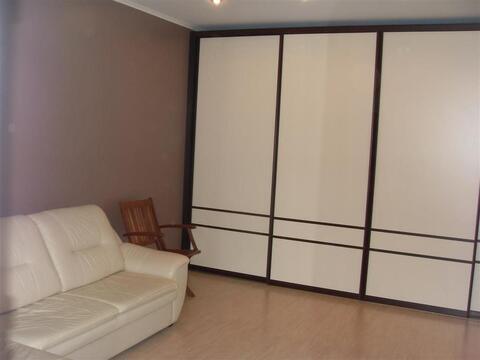 Улица Неделина 15б; 1-комнатная квартира стоимостью 19000 в месяц . - Фото 2