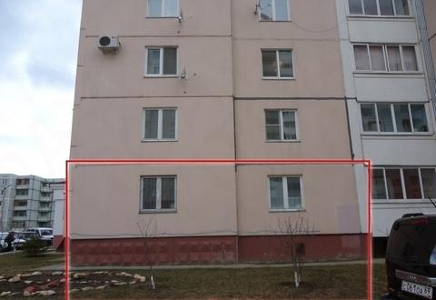 2-комнатная квартира на ул. Александровка, д. 3 - Фото 1